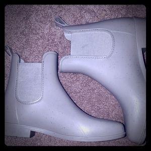 Gray rainboots